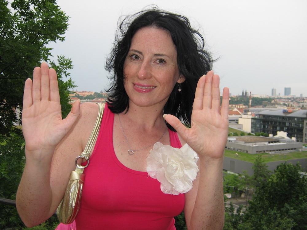 Ava Chrtková: A dost!
